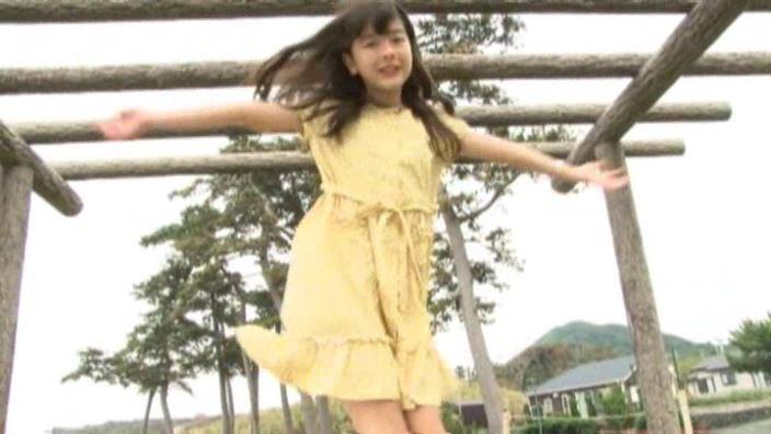 6年目のランドセル 「木村葉月」黄ワンピース全身回転