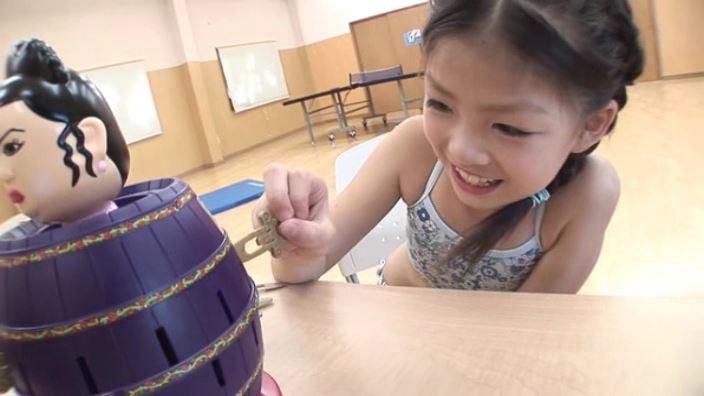 8歳の奇跡 「水谷彩音」柄チューブおもちゃ
