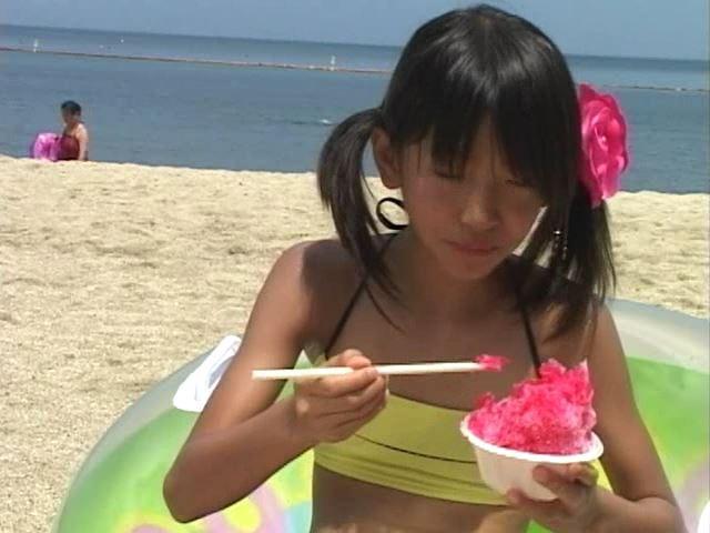 Jr. アート編「苺ゆい」黄チューブかき氷