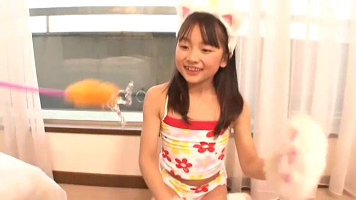 赤いランドセル 『4年生の新学期』「 青井せら」猫耳ねこじゃらし