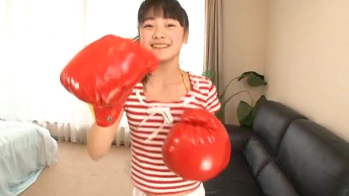 「赤いランドセル 「春から六年生!!」 青井みわ」赤パンツボクシング