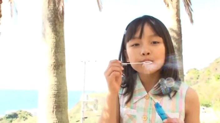 「赤いランドセル 青井せら」ワンピシャボン玉