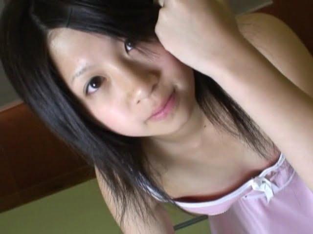 雨宿り シリーズ5 さき13歳ピンクキャミ