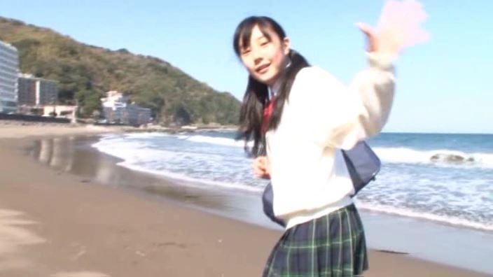 「ボクの太陽 Vol.7 新原里彩」制服海岸