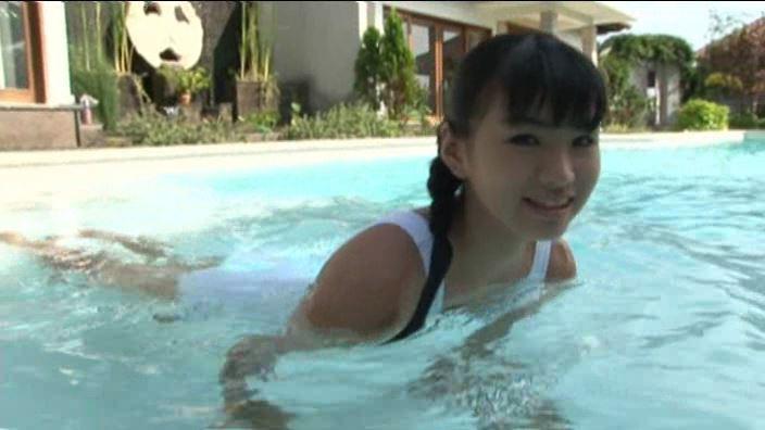 ちかちゃん12才 「清水ちか」スクール水着プール