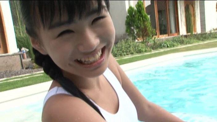 ちかちゃん12才 「清水ちか」スクール水着笑顔アップ