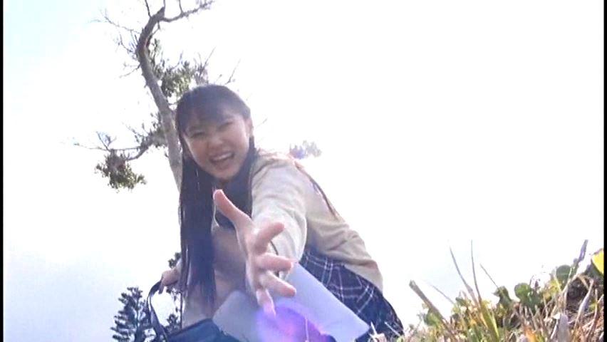 クラスのセンター!!! 2「青井こはる」制服差し出す手