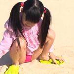 クラスのセンター!!! 「神山ななみ」ピンクビキニ砂浜