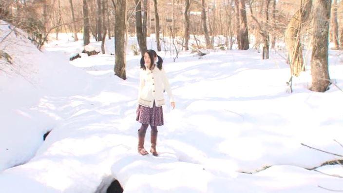 「ドレミファ空色 Vol.7 ゆみ」雪の中遠景