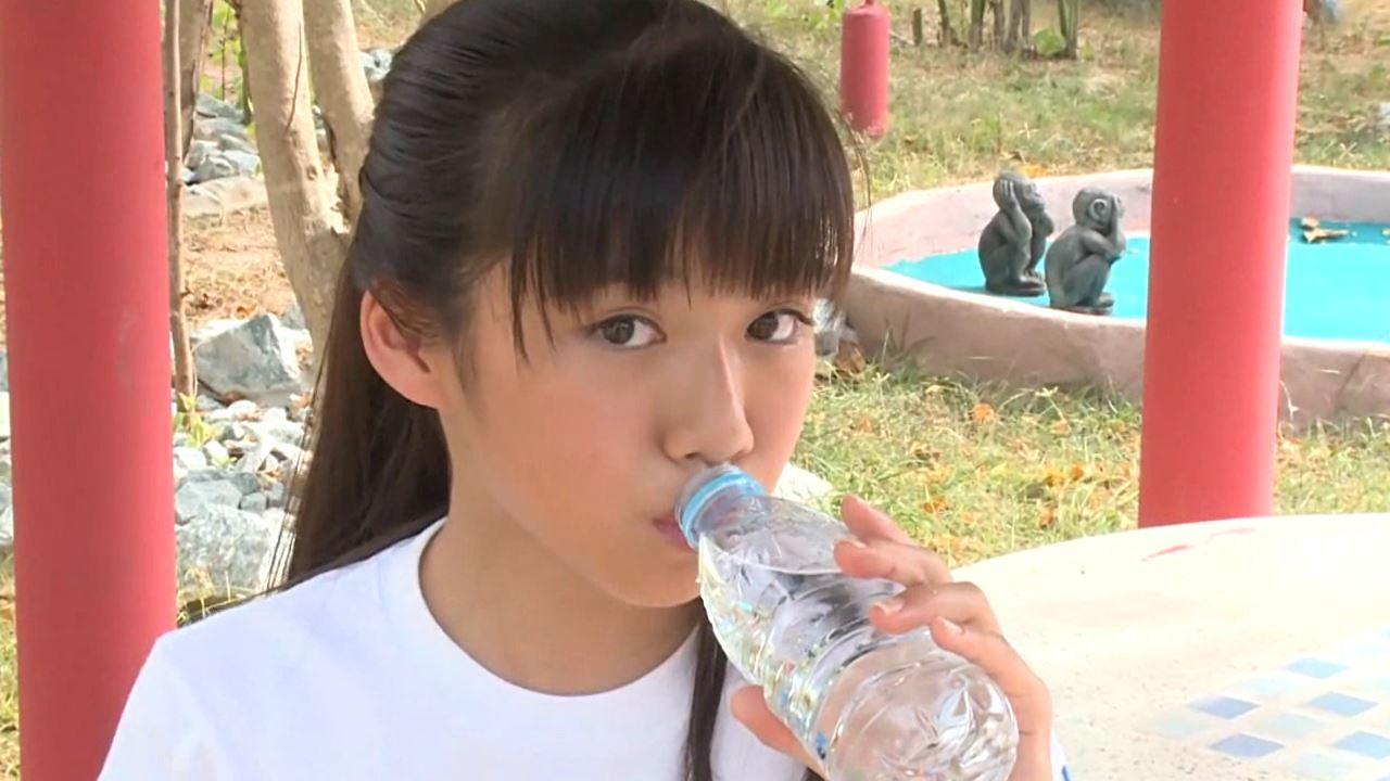 「学校なう! はじめまして ~修学旅行編~ 川原かな」体操服水飲み