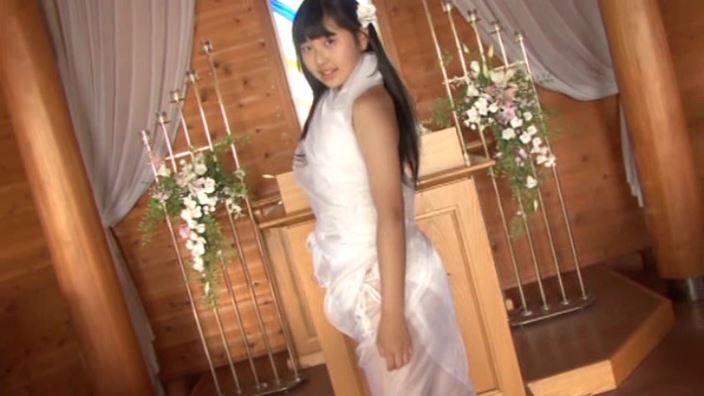 初めての夏休み 「白山せいの」白ビキニ教会ドレス