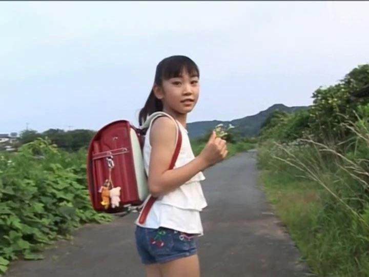 Little Friend 深浦ゆかり【画像】10