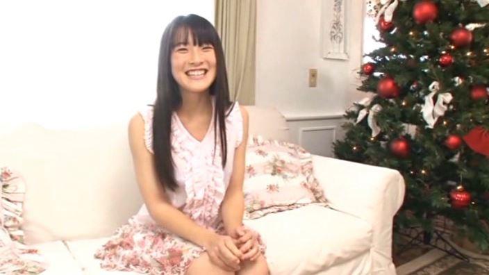 JCスマイル 「いなばなつ」座りクリスマスツリー