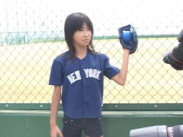 「Jr. ポップ編 苺ゆい」野球上半身