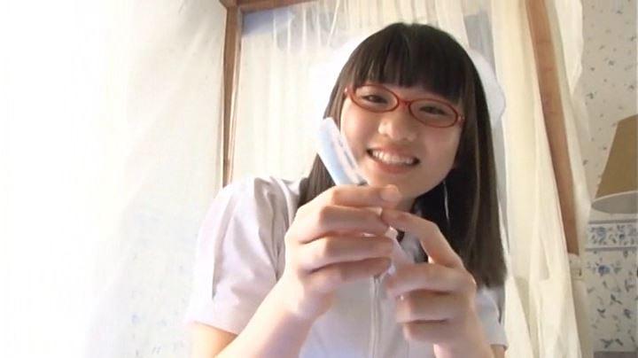 「純心美少女 春日彩香」ナース注射器