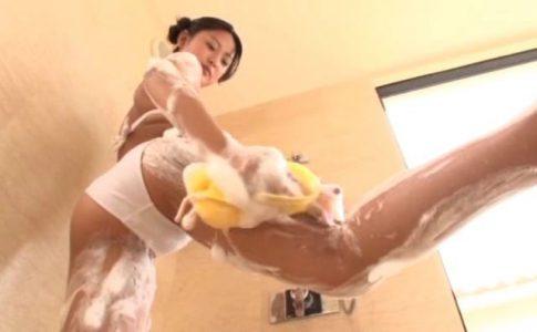 「課外授業お願いします。 沖田彩花」白ビキニ洗体
