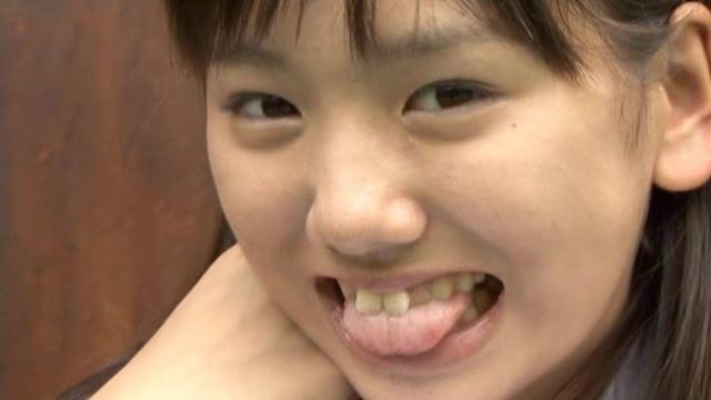 キュンキュン「佐々木みゆう」制服顔アップ舌