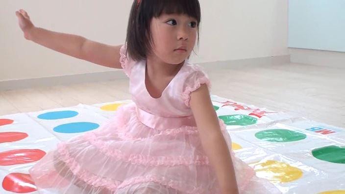 「Little Princess Vol.11 のどか」ツイスター座り