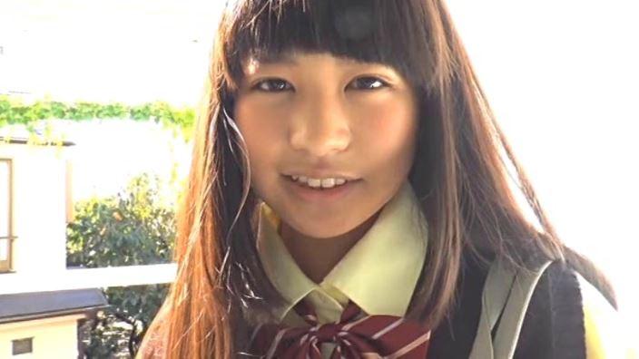 「MIU 野村苺花」制服上半身