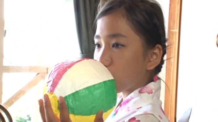 夏色のお嬢さん「蒼井玲奈」浴衣紙風船