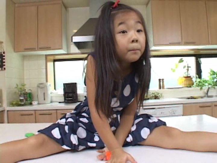 「ねねちゃん 6歳 寧々(ねね)」粘土遊び