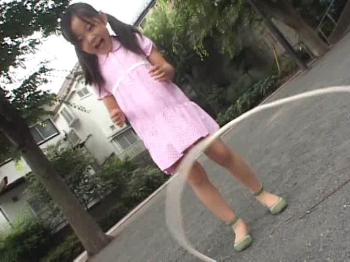 「ねねちゃん 6歳 寧々(ねね)」長縄跳び