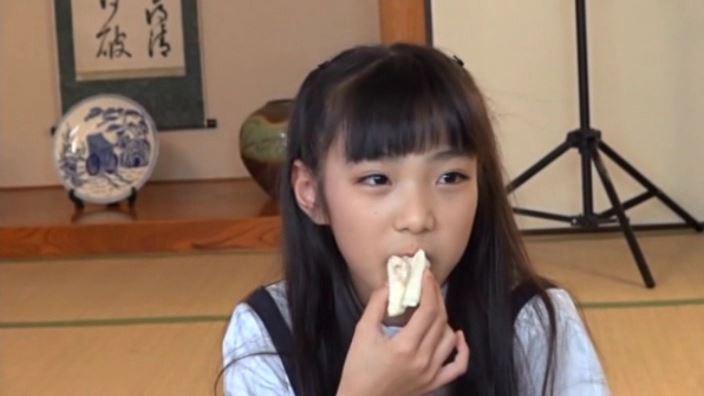 """""""Noすみれ,No Life""""とっておきの未公開秘蔵映像 「河合すみれ」制服食事"""
