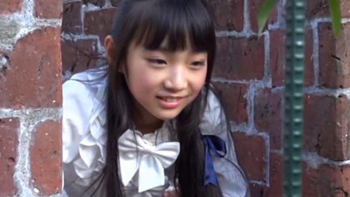 """""""Noすみれ,No Life""""とっておきの未公開秘蔵映像 「河合すみれ」制服上半身"""