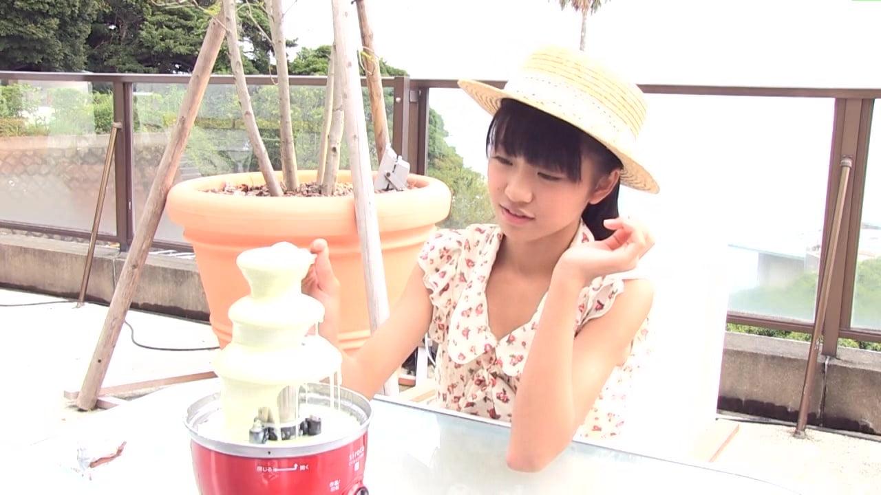 美少女 中学生 桜木ひな プールなう!学校旅行【画像】17