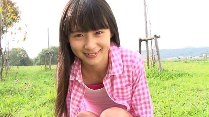 「おし☆まい 森下真依」ピンクシャツ上半身