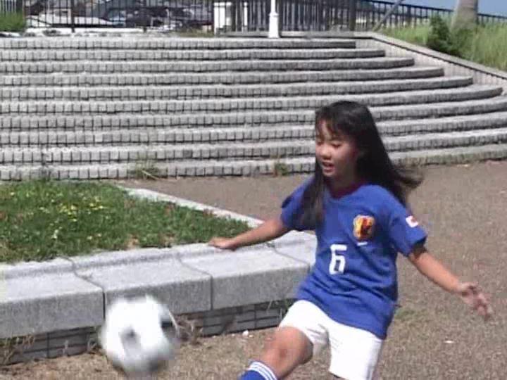 「POP&アート 愛田かんな」サッカー