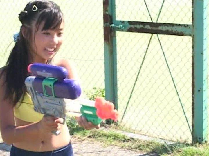 「POP&アート 愛田かんな」水鉄砲