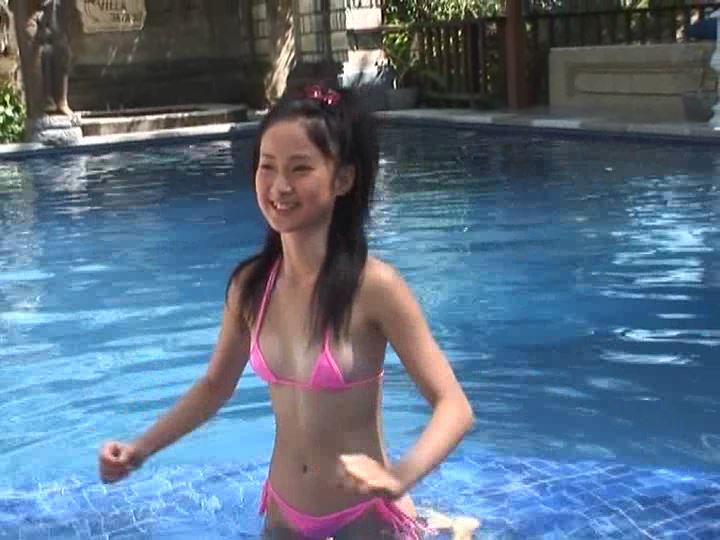 「りん13歳 ~愛妹~ 小池凛」ピンクビキニ水中