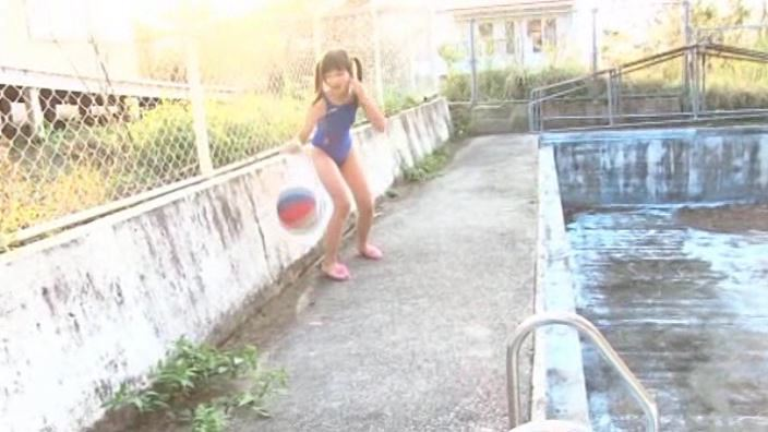 旬感娘 「石野瑠見」競泳水着毬つき