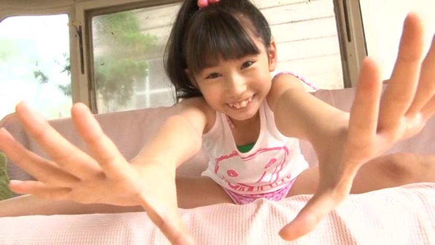 うららんらん♪ 「ゆずき麗」緑ビキニ両手