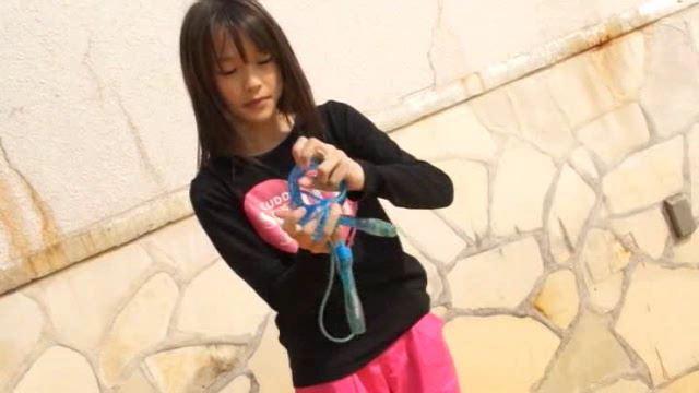 「ホワイトピクチャーズ Vol.4 さわこちゃん」なわとび結び