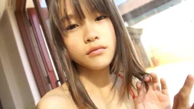 「ホワイトピクチャーズ Vol.4 さわこちゃん」顔アップ