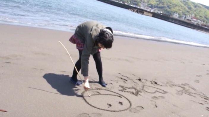 「ホワイトピクチャーズ Vol.5 わかなちゃん」コート砂絵