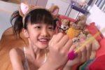 岡崎瞳(8)の早熟ぶりにドキッ!初めて手にしたあるモノをお口にふくんだ結果?